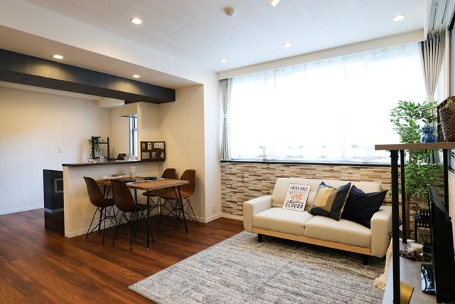 ホームステージングでは家具や小物の使い回しが可能